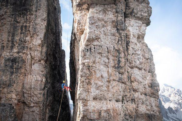 Abseilen, erleichtert. Klettern in den Dolomiten | Pauli Trenkwalder, Berge & Psychologie