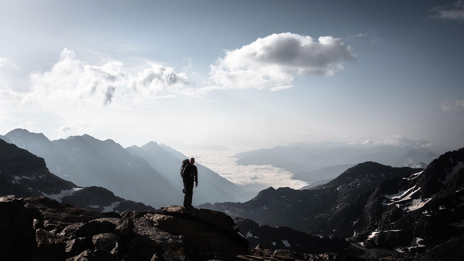 Glücklich & müde. Bergsteigen in Südtirol | Pauli Trenkwalder, Berge & Psychologie