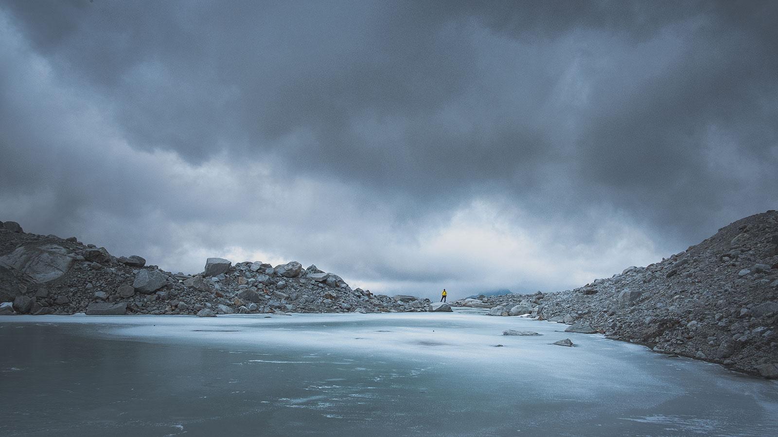 Umzingelt. Berge in Südtirol | Pauli Trenkwalder, Berge & Psychologie